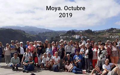 Visita a Moya y caminata por los Tilos