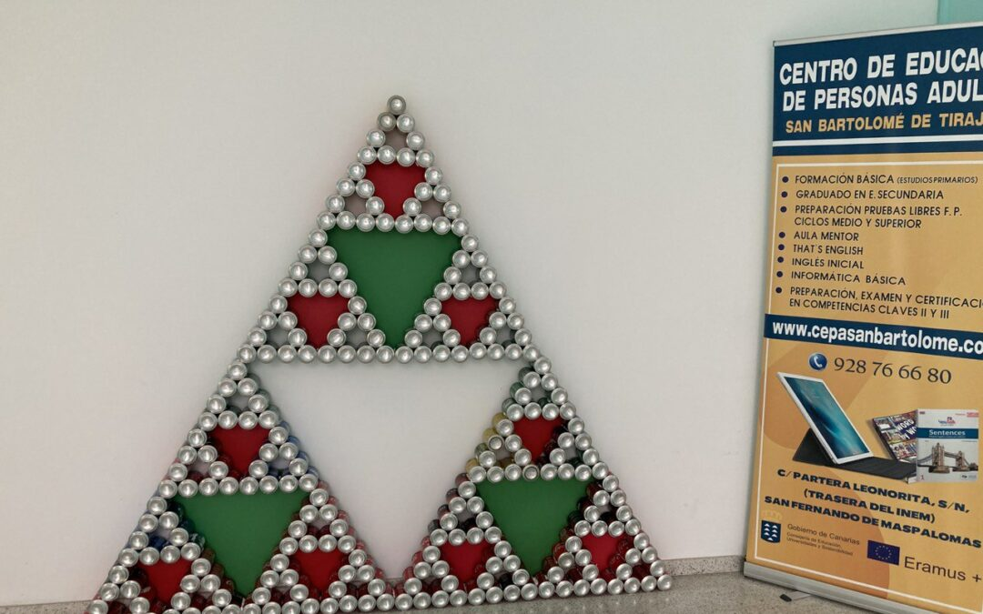 Triángulo de Sierpinski con latas